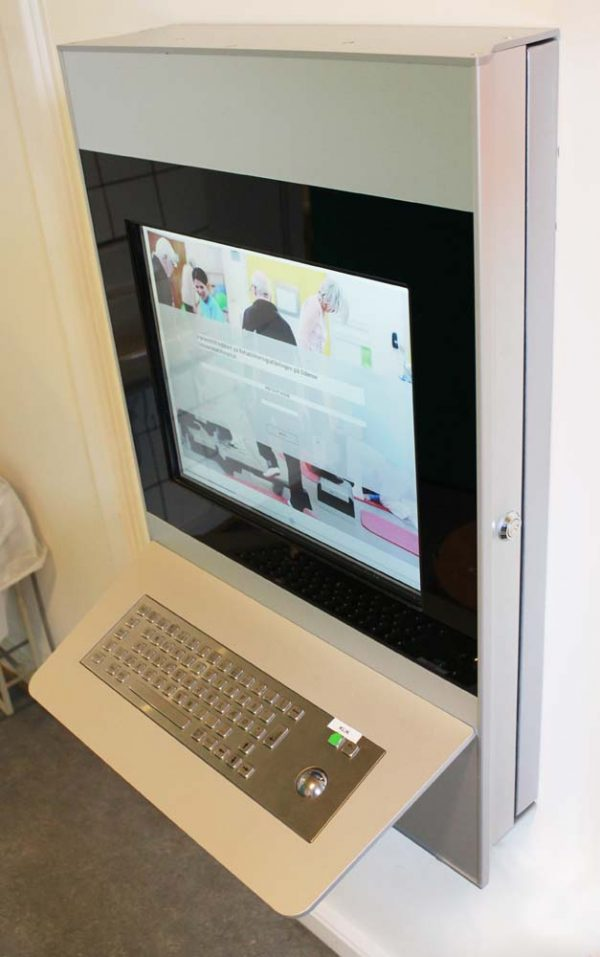 SIGNAMEDIA Digital Kiosk On-Wall, Quelle: DigiKiosk ApS, 7190 Billund, Dänemark