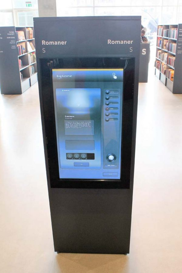 SIGNAMEDIA Digital Kiosk On-Wall Maxi, Quelle: DigiKiosk ApS, 7190 Billund, Dänemark