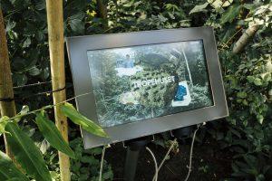 SIGNAMEDIA Digital Signage Monitore für Outdoor-Anwendungen
