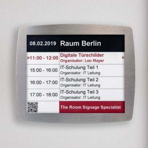 SIGNAMEDIA Digitales Türschild, Quelle: Kindermann GmbH, 97246 Eibelstadt, Deutschland