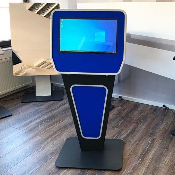 SIGNAMEDIA Self-Service-Terminal Standgerät V1, Quelle: WES Systeme Electronic GmbH, 61130 Nidderau, Deutschland